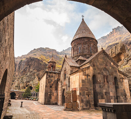 Yerevan / Khor Virap / Garni / Geghard / Yerevan
