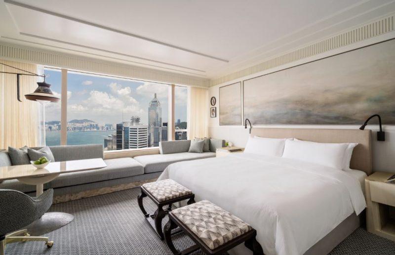 Island Shangri-La Luxury Circle New Club Room Offer