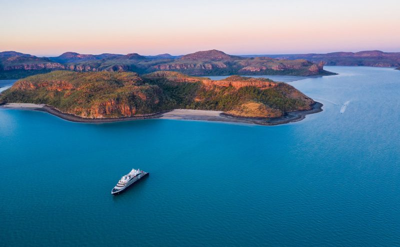 Cruising through the Outback in Australia: the full package for a true adventurer in Kimberley